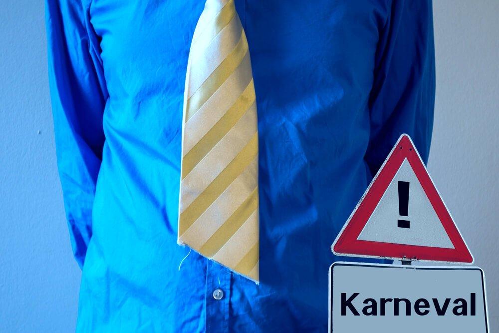 Darf ich dem Chef an Karneval die Krawatte abschneiden