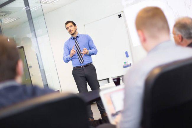 Unsere Meetings sind Monologe des Chefs. Was tun?